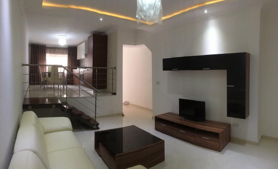 2 Bed Modern Maisonette in Rabat