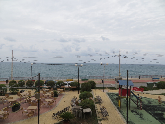 Seafront 3-Bedroom Apartment, SmartCity
